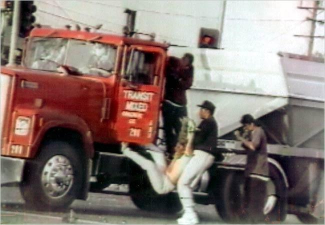 causes of the 1992 la riots essay